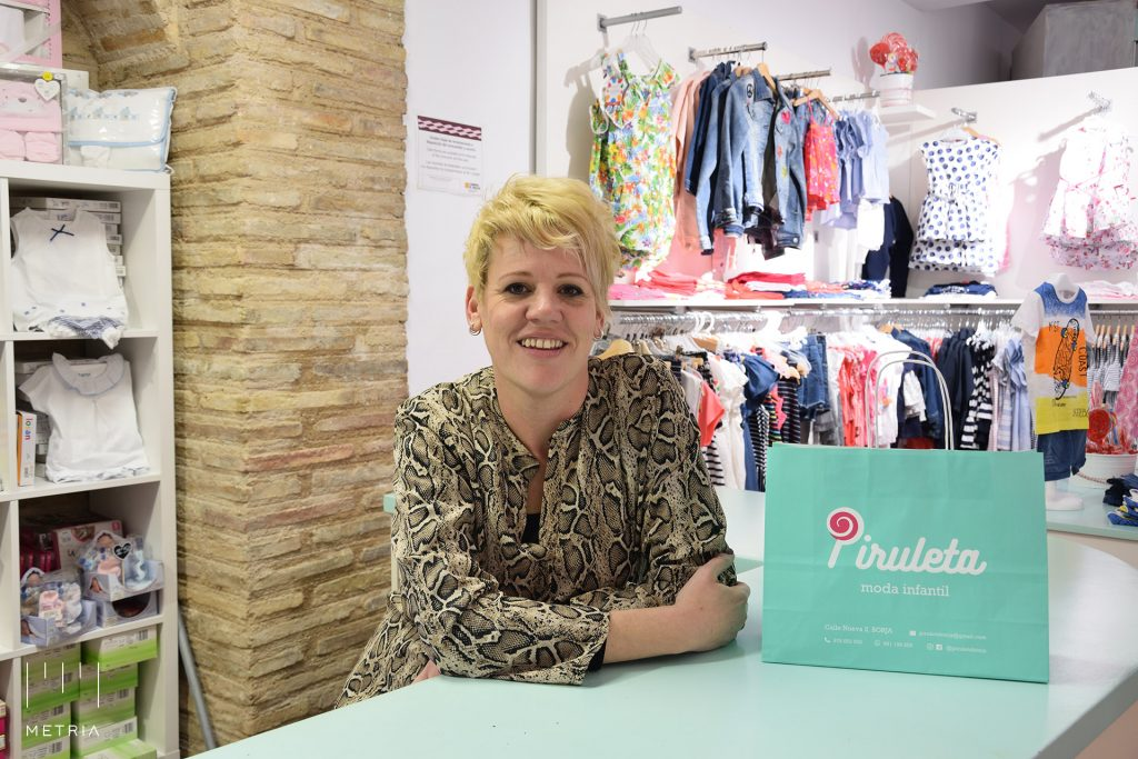 Esther, emprendedora local en el pueblo de Borja, Zaragoza