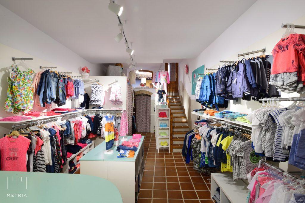"""Tienda de moda infantil """"Piruleta"""", en Calle Nueva 2, Borja, Zaragoza"""